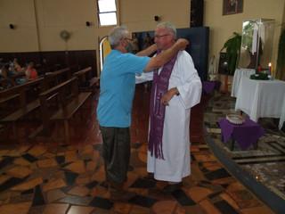 Pe. Elizeu é acolhido como pároco na Paróquia de São Nicolau