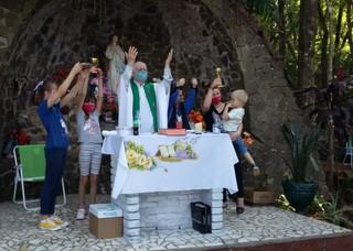 Paróquias celebram Nossa Senhora Aparecida
