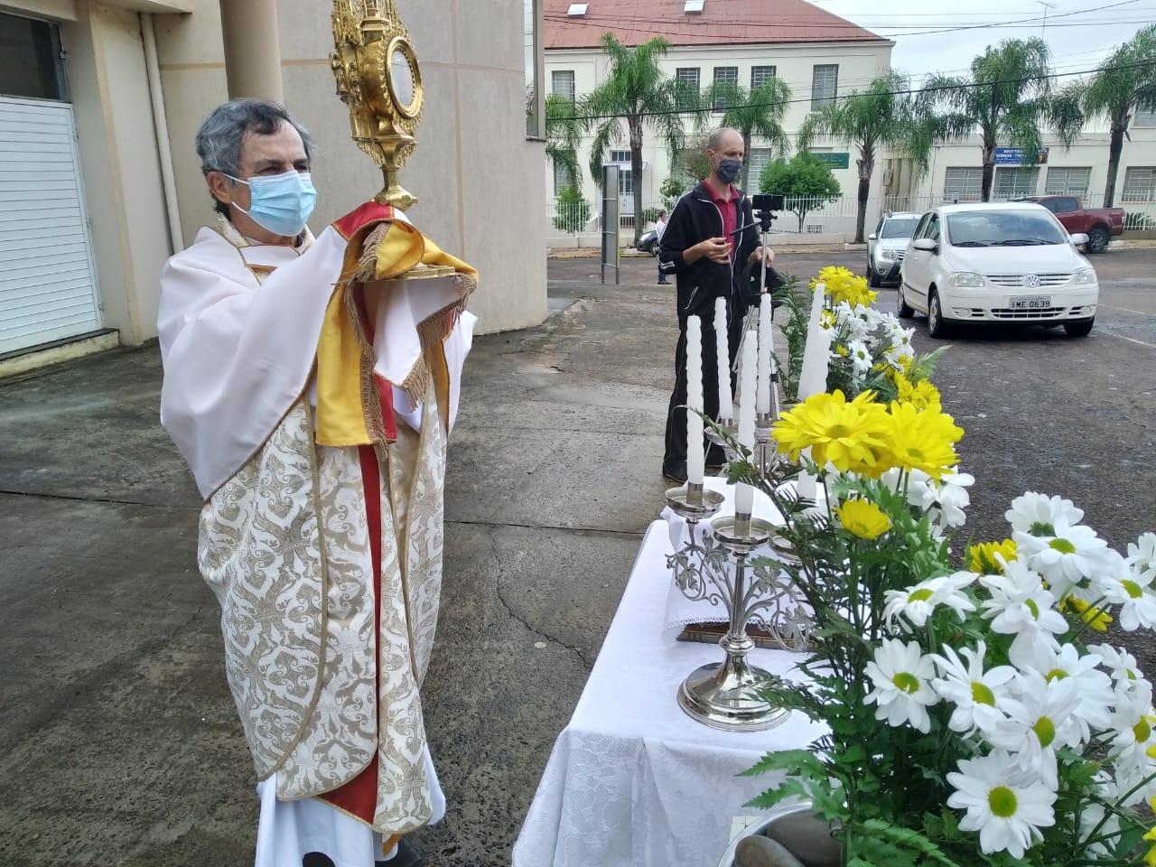 Corpus Christi em Guarani