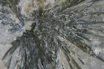 Antimony3_inStone_234110041_edited.jpg