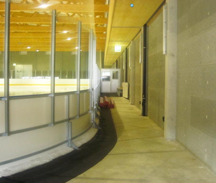 Conception de bâtiments à climats particuliers Nouvelle patinoire d'entraînement Fribourg, Arc. Lore