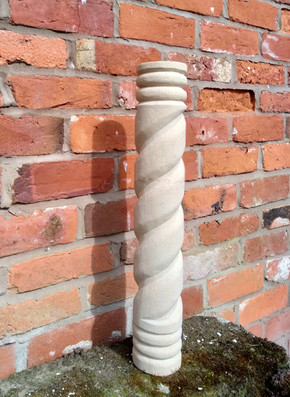 twisted spiral pillar stone carving