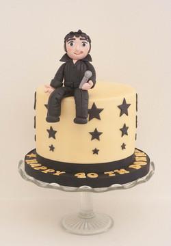 Elvis vegan cake