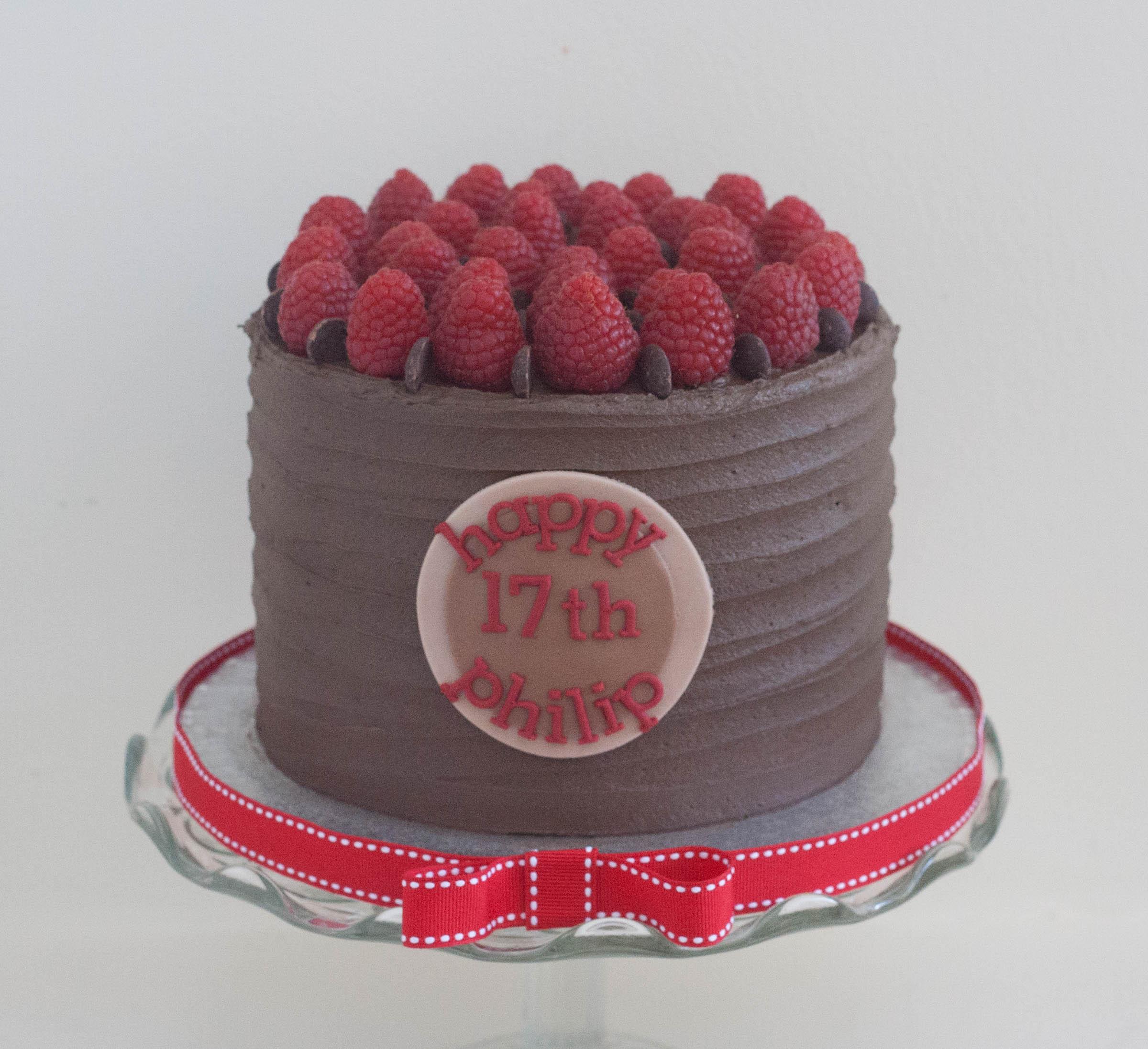 choc rasp vegan cake
