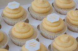 Bumble lemon cupcakes