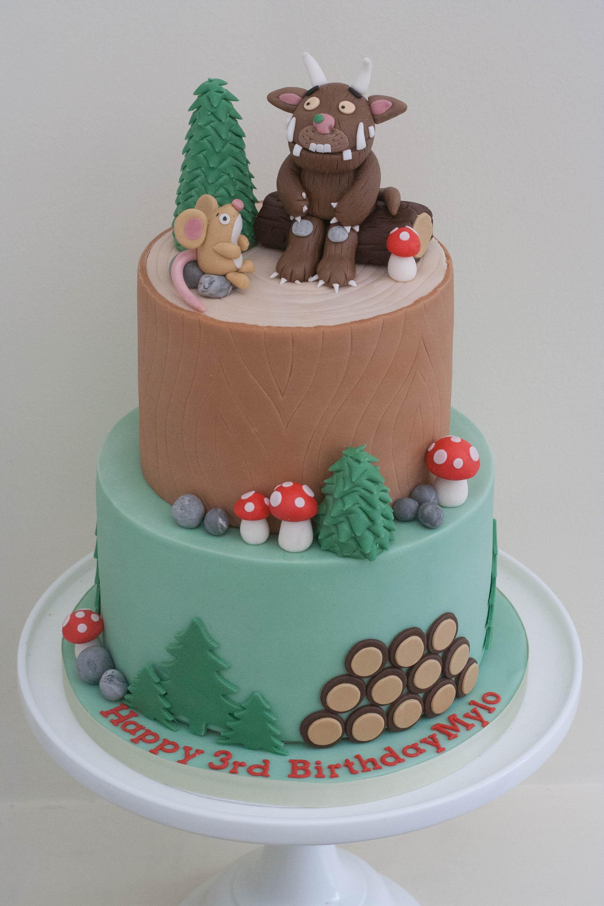 Gruffalo cake vegan