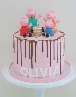 Peppa pig family soy free vegan cake