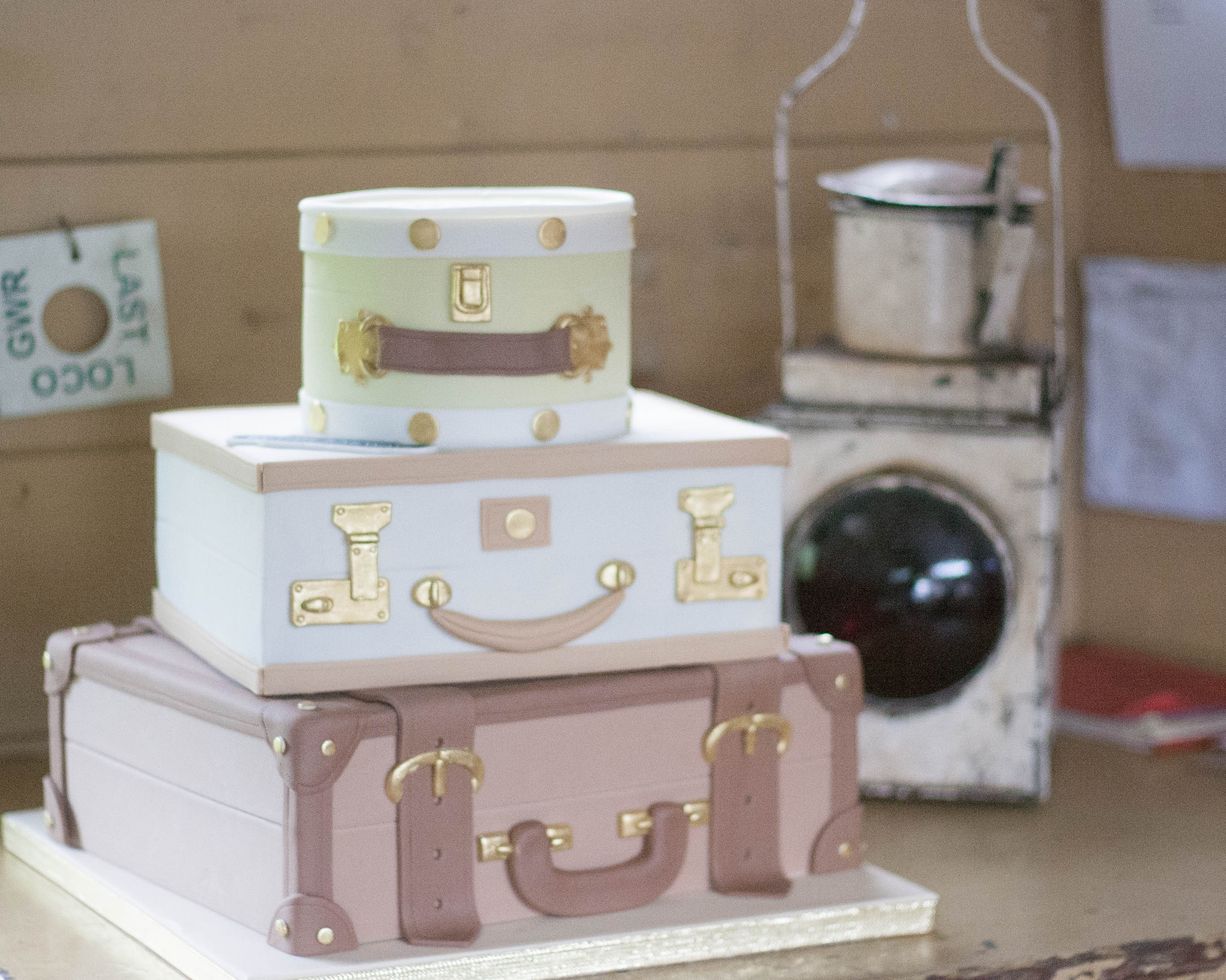 suitcase wedding cake vegan