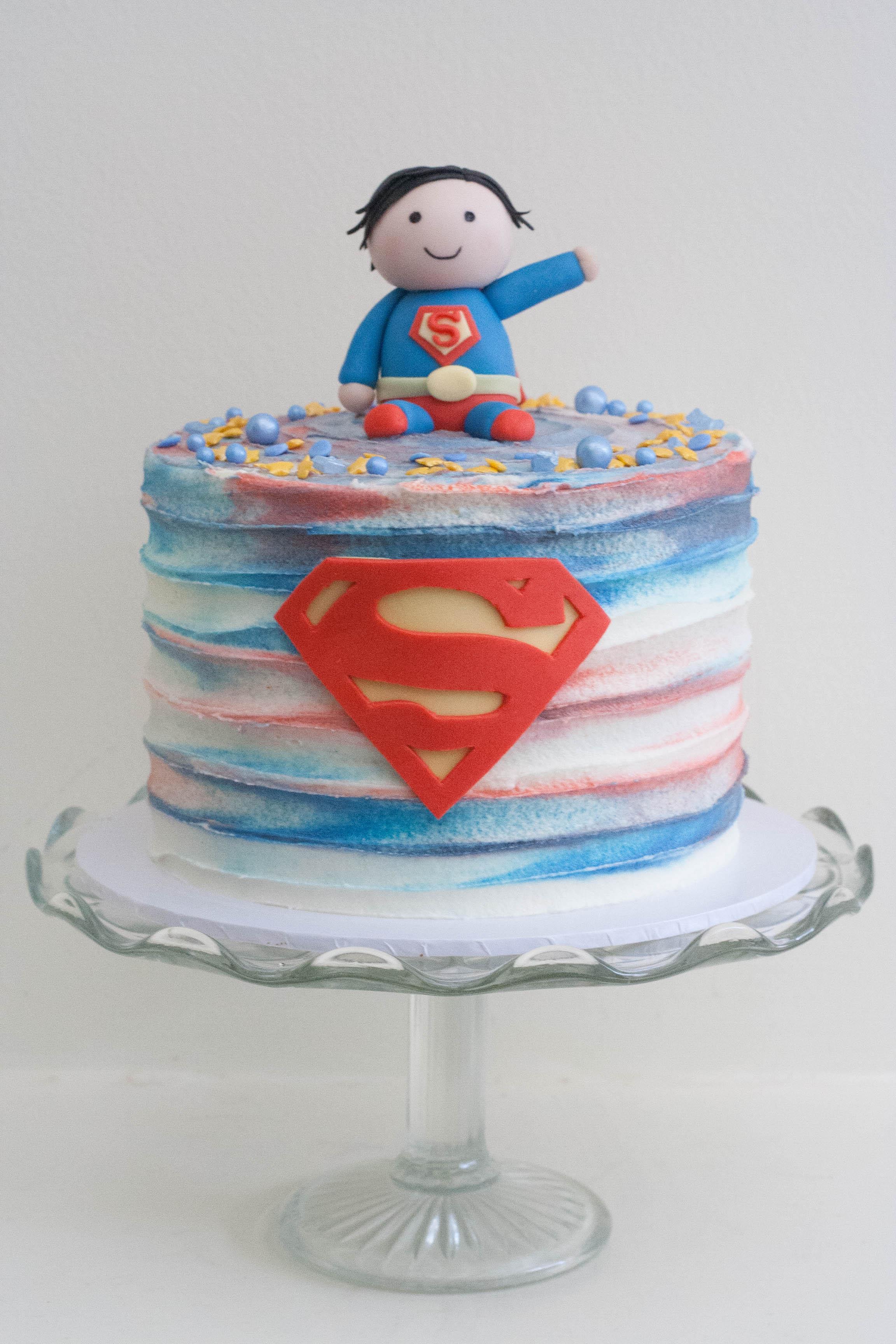 Superman vegan cake