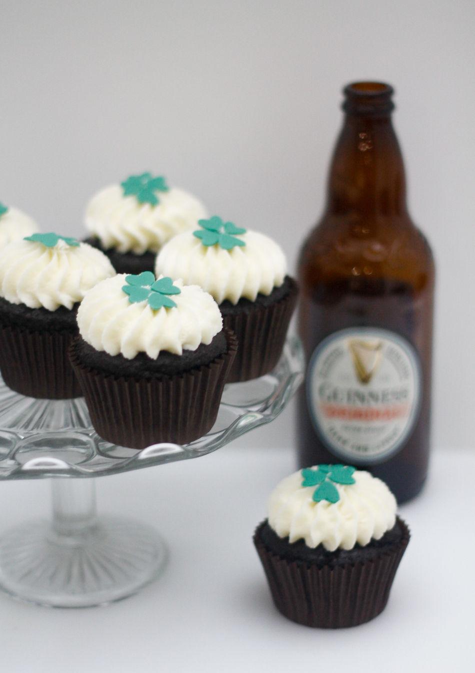 Guinness cupcakes bottle.jpg