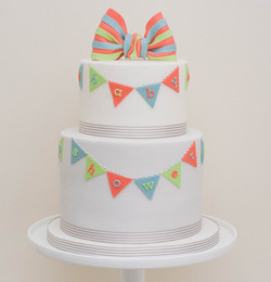 baby shower bunting vegan cake