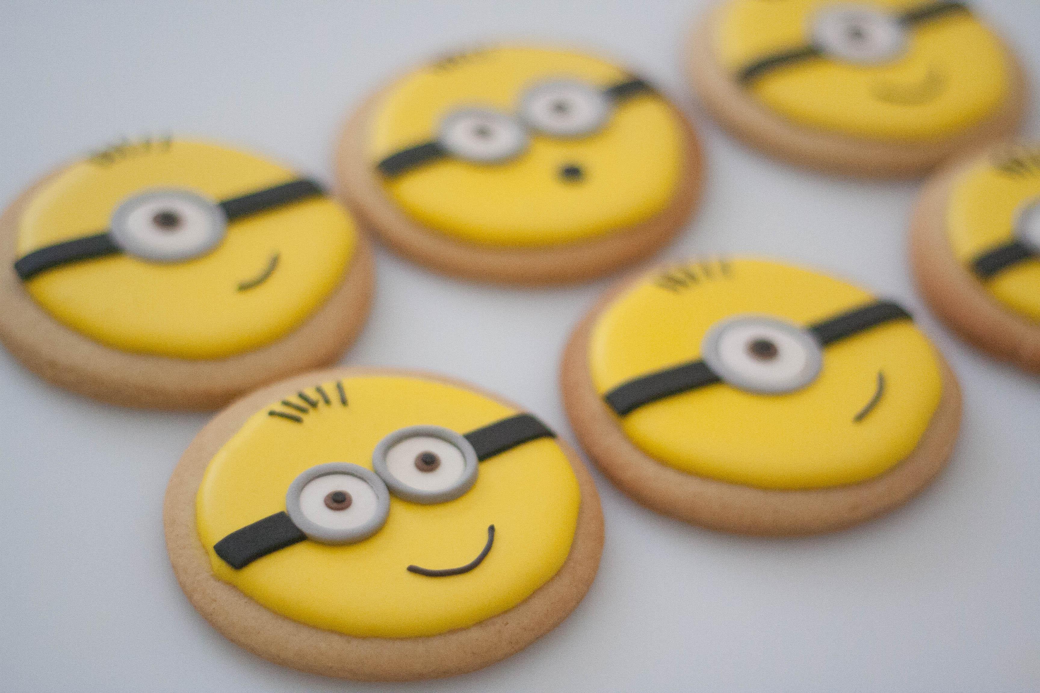 minion vegan cookies