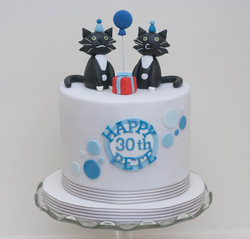Two cats vegan soy free birthday cake2