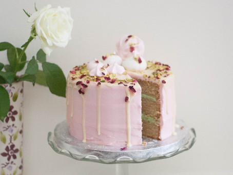 Vegan cardamom, rose and pistachio cake