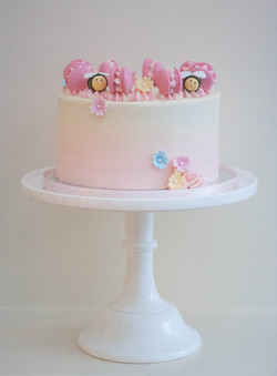 pink ombre bee vegan cake