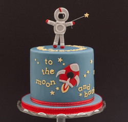 spaceman rocket cake black