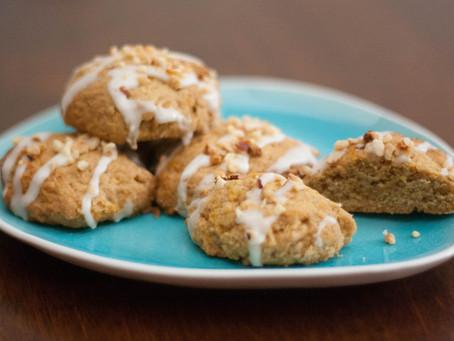 Vegan carrot cake cookies
