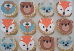 woodland animals vegan cupcakes