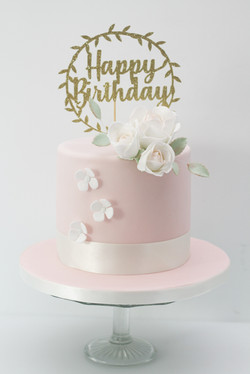 sugar roses one tier cake