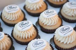 logo cupcakes vegan