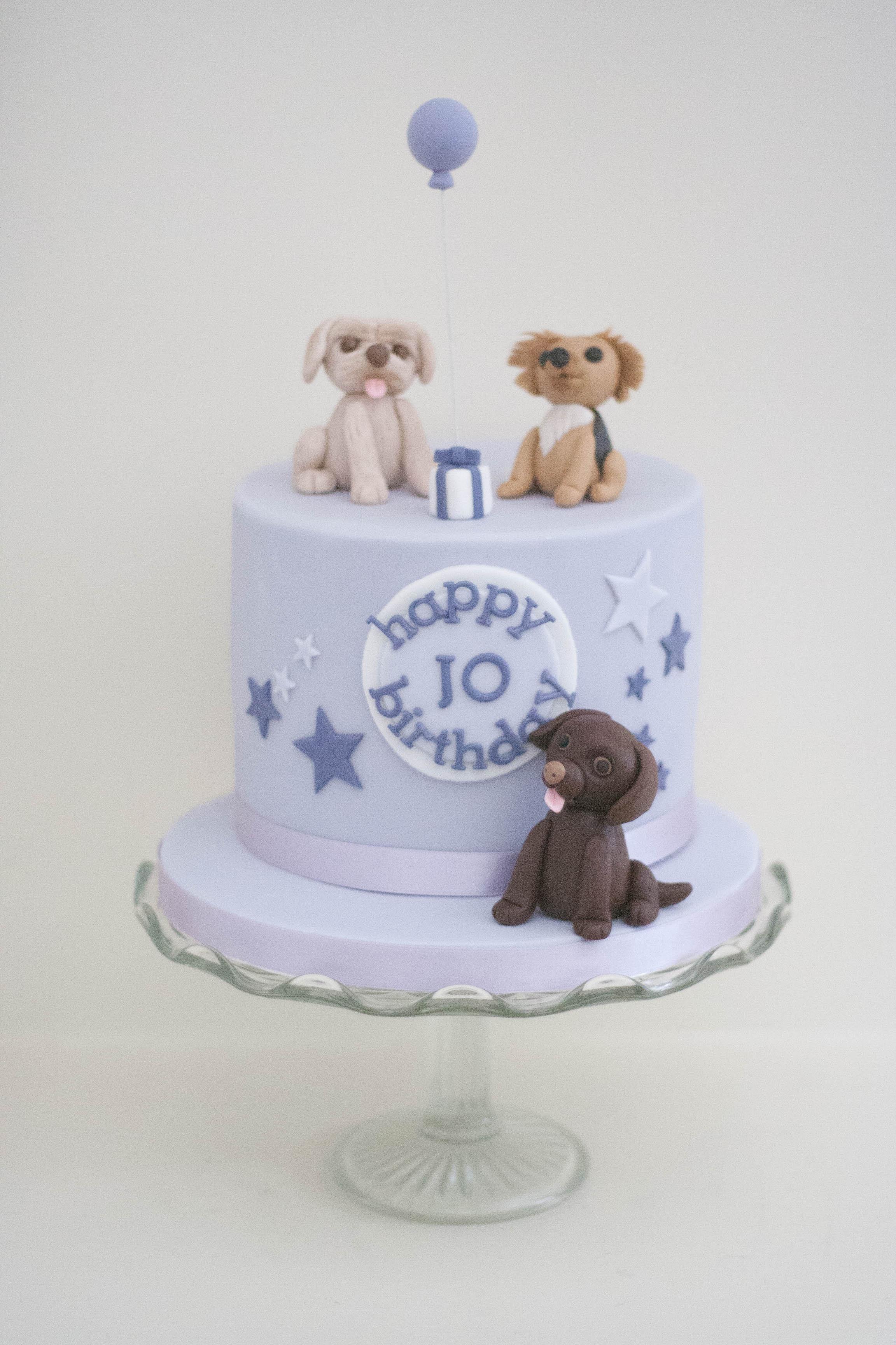 three dogs vegan cake