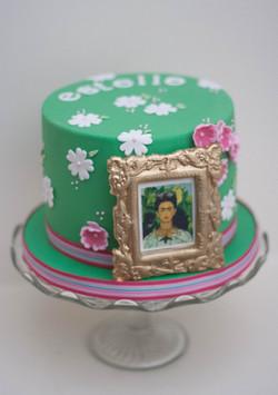 Frida Kahlo vegan cake