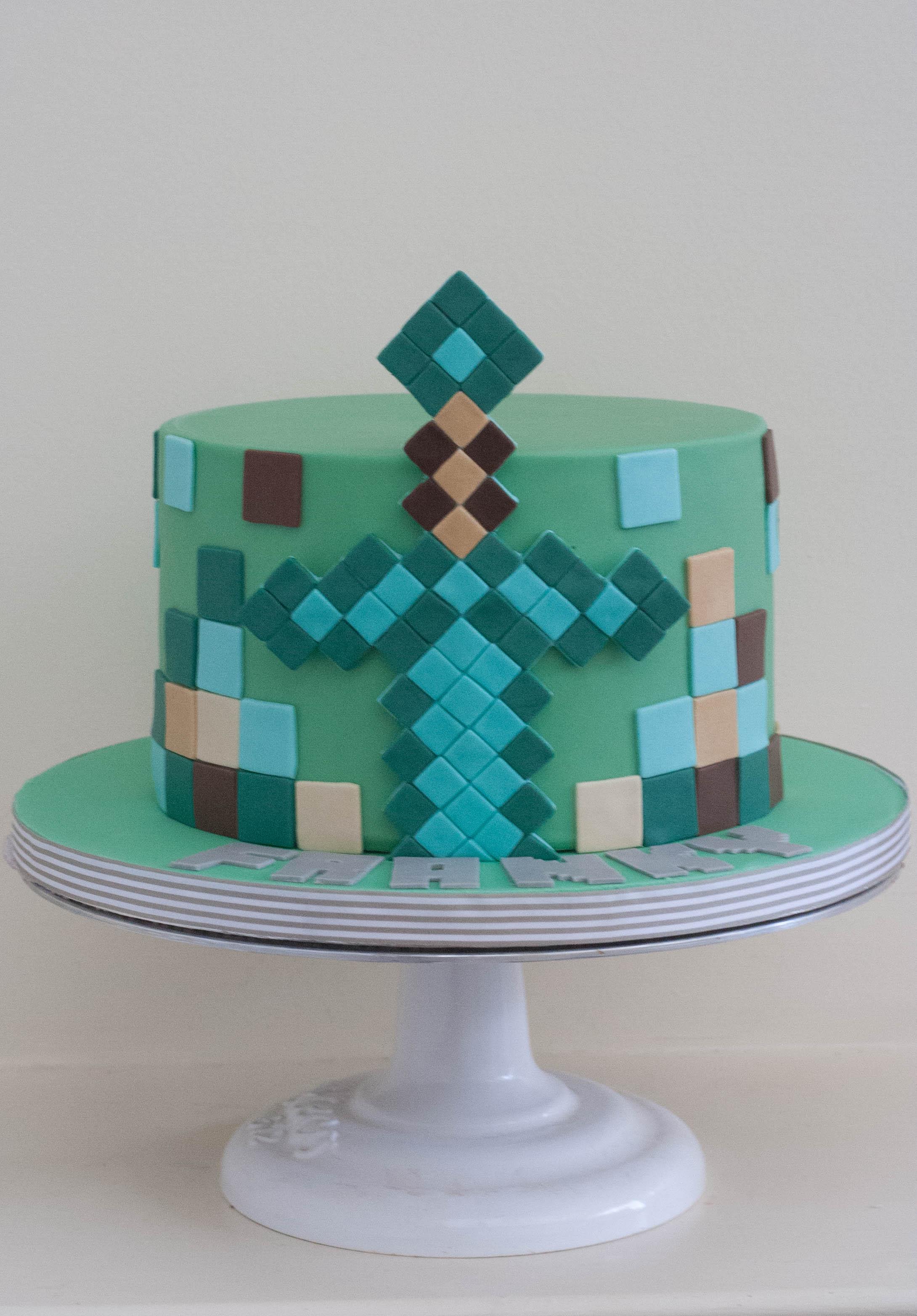 round minecraft vegan cake