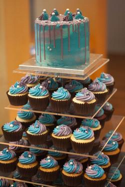 wedding cupcake tower vegan2