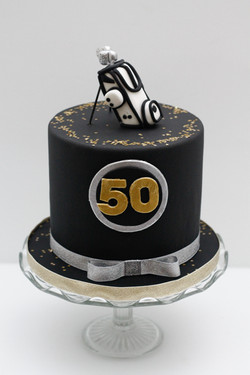 golf cake black gold silver