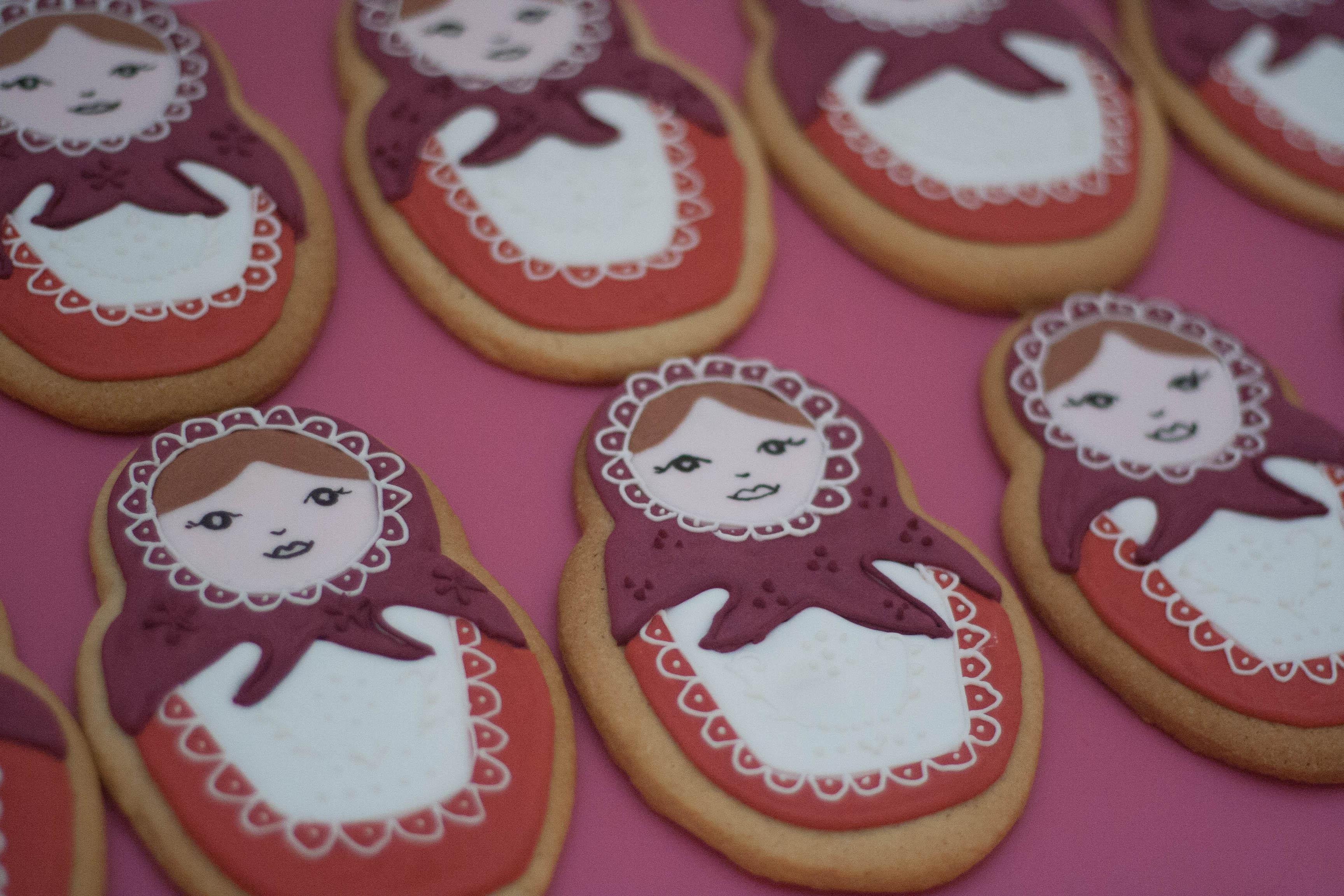 Russian doll cookies vegan-2