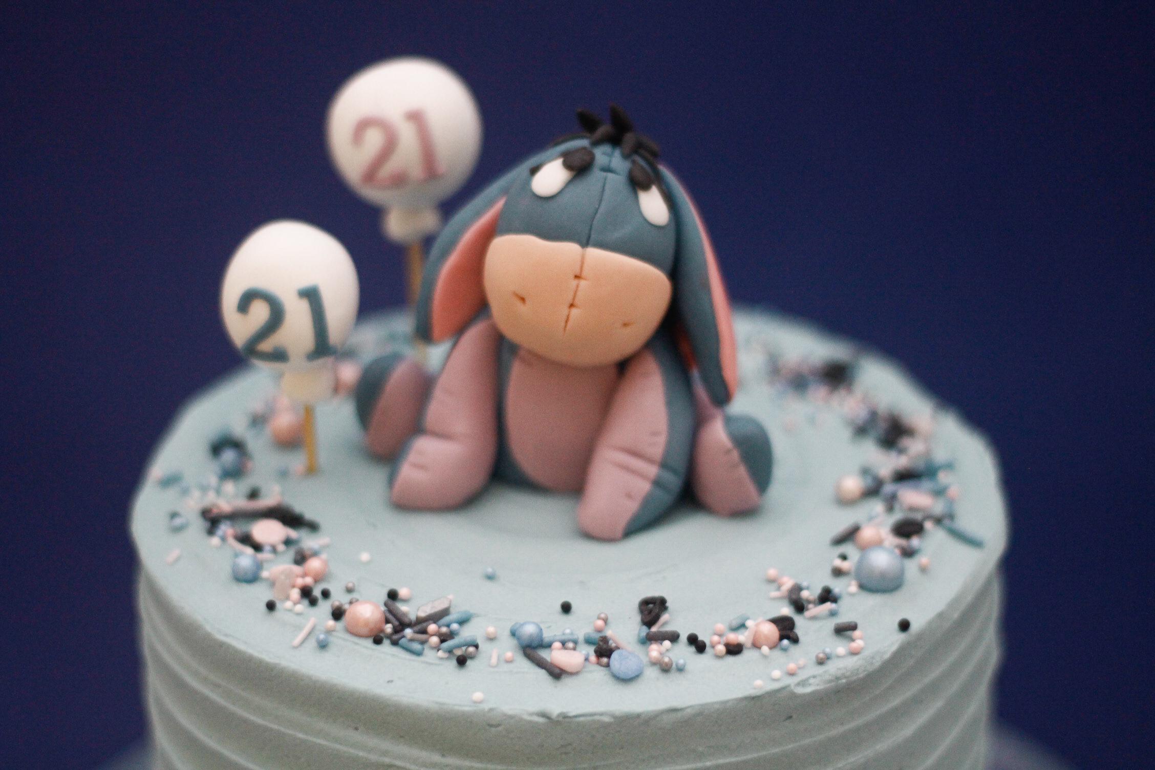 Eeyore cake-2