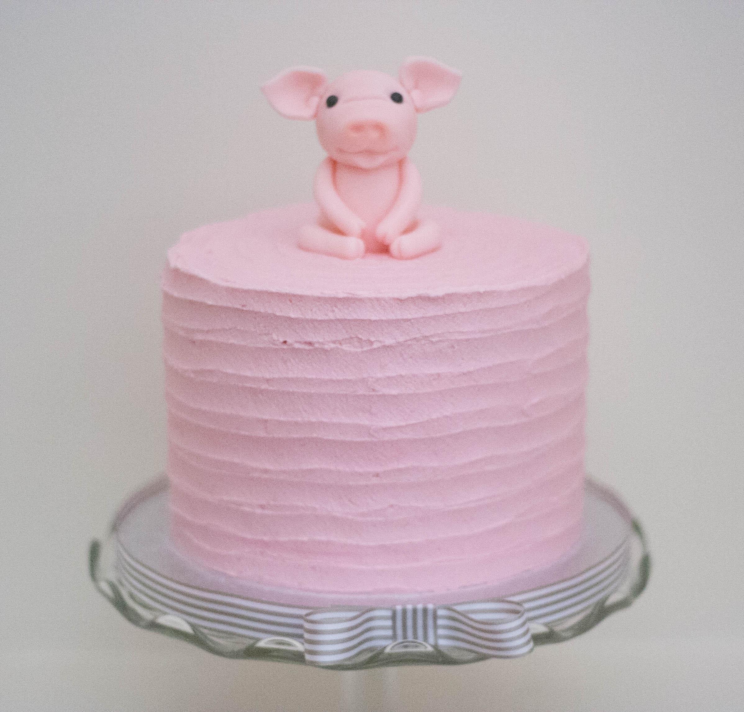 piglet vegan cake