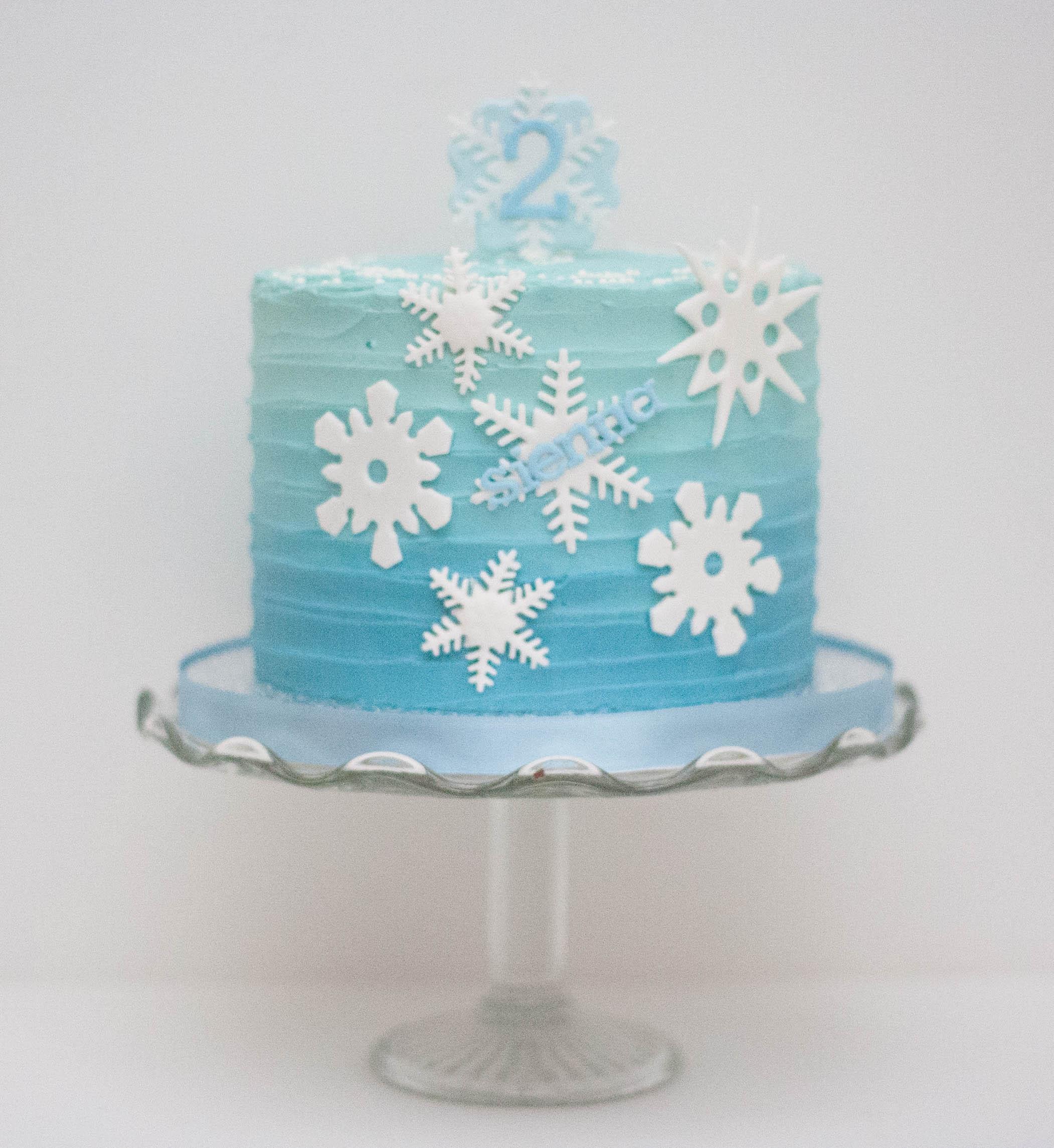 ombre cake blue vegan snowflakes