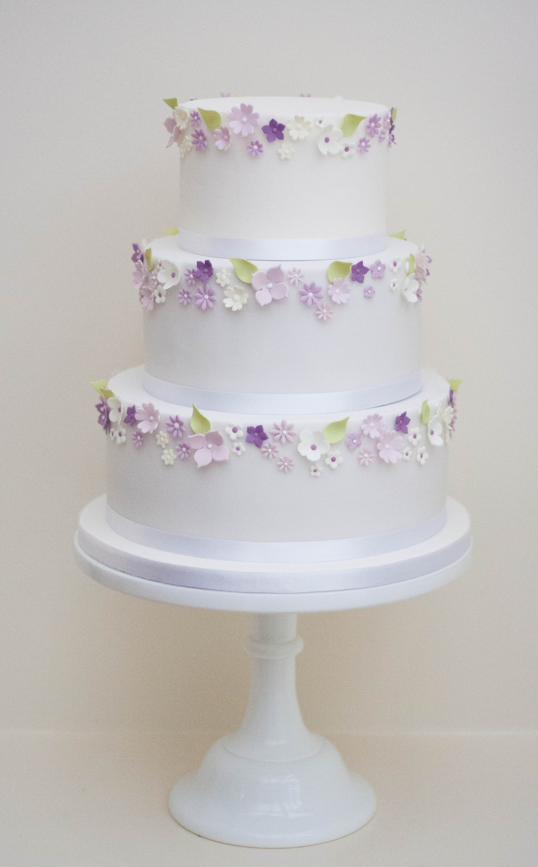lilac blossom wedding cake vegan