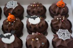 Hallowe'en choc orange vegan cupcakes