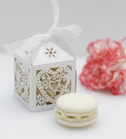 macarons wedding favour