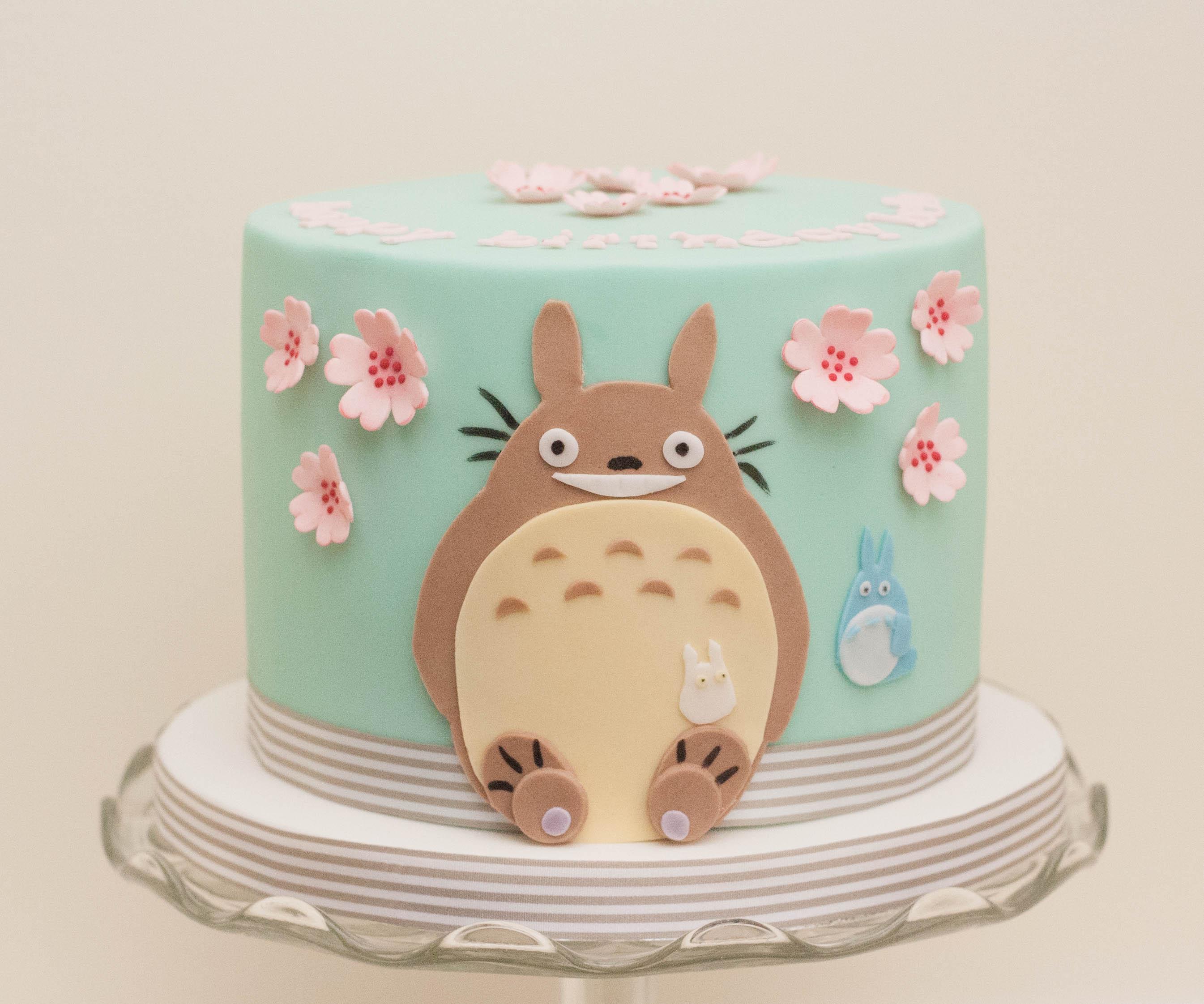 Totoro cake vegan