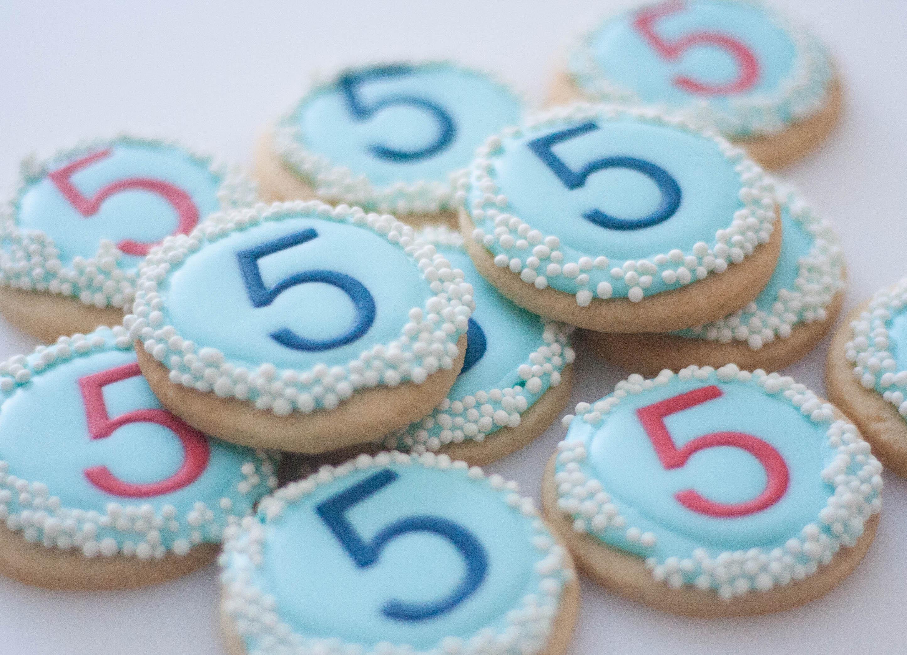 5 round cookies vegan