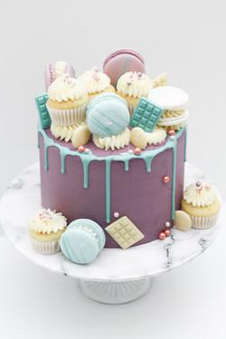 mini cupcakes macarons and chocolate bar