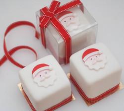 mini vegan Christmas fruit cakes-2