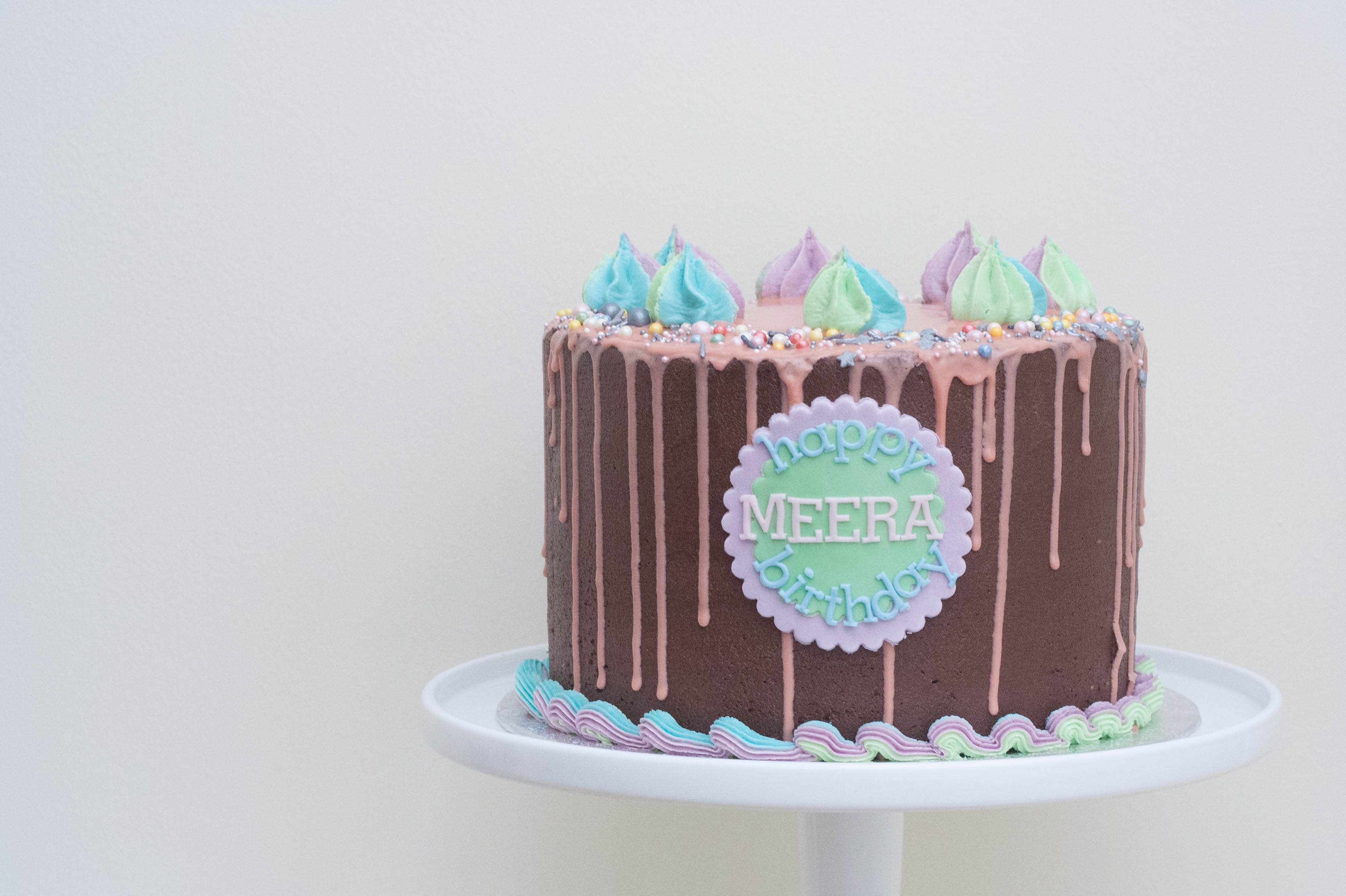 rainbow frosting choc cake vegan