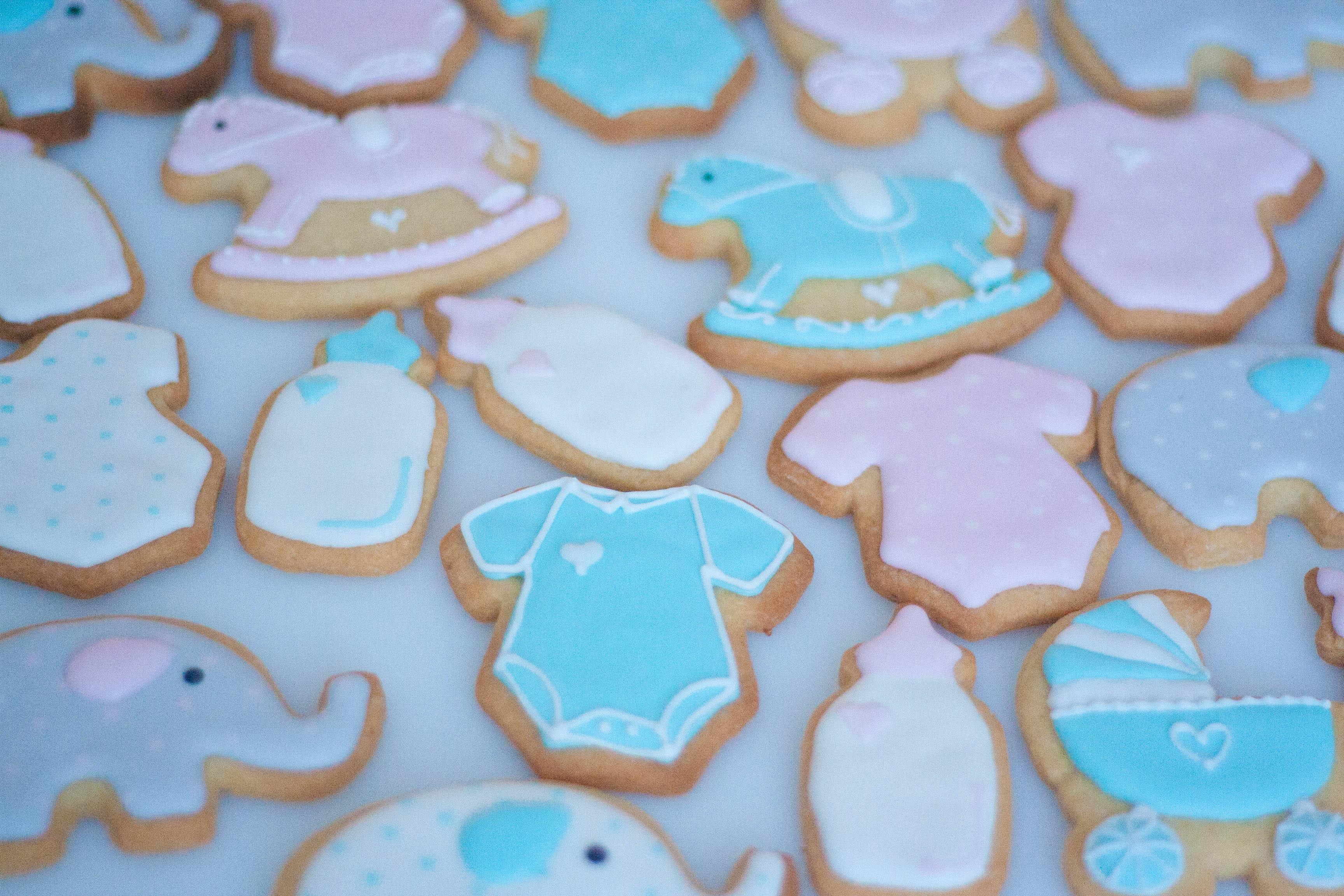baby cookies pink and blue vegan-2
