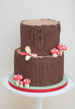 tree trunk vegan wedding cake