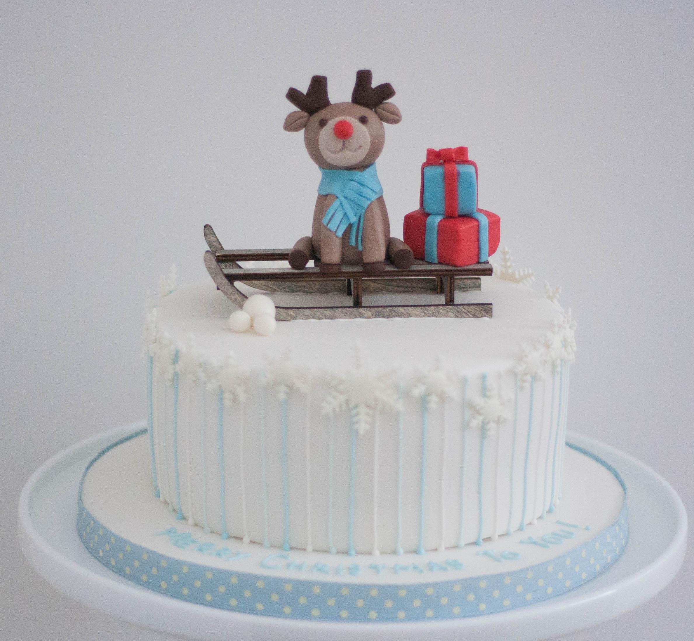 xmas reindeer cake vegan