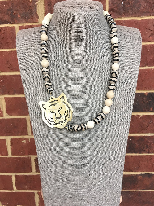 """The """"Sideline"""" Tiger Choker: Black and White"""