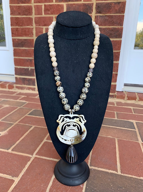 The Between the Hedges Georgia Choker