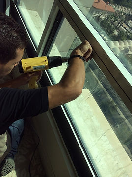 Dynasystems - Installation of Dynashield Cable-Catch System