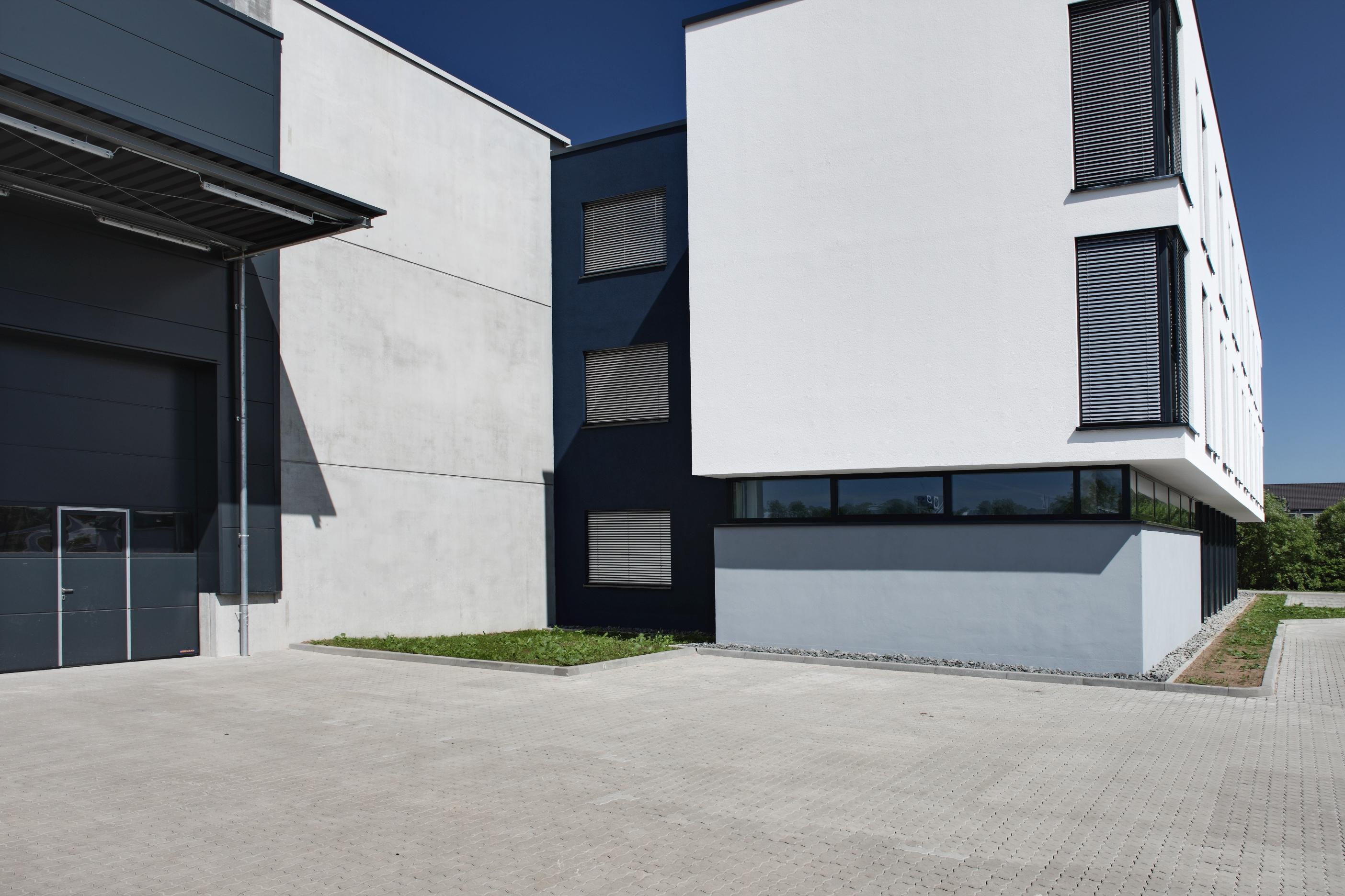 Bürogebäude mit Lager in Marburg