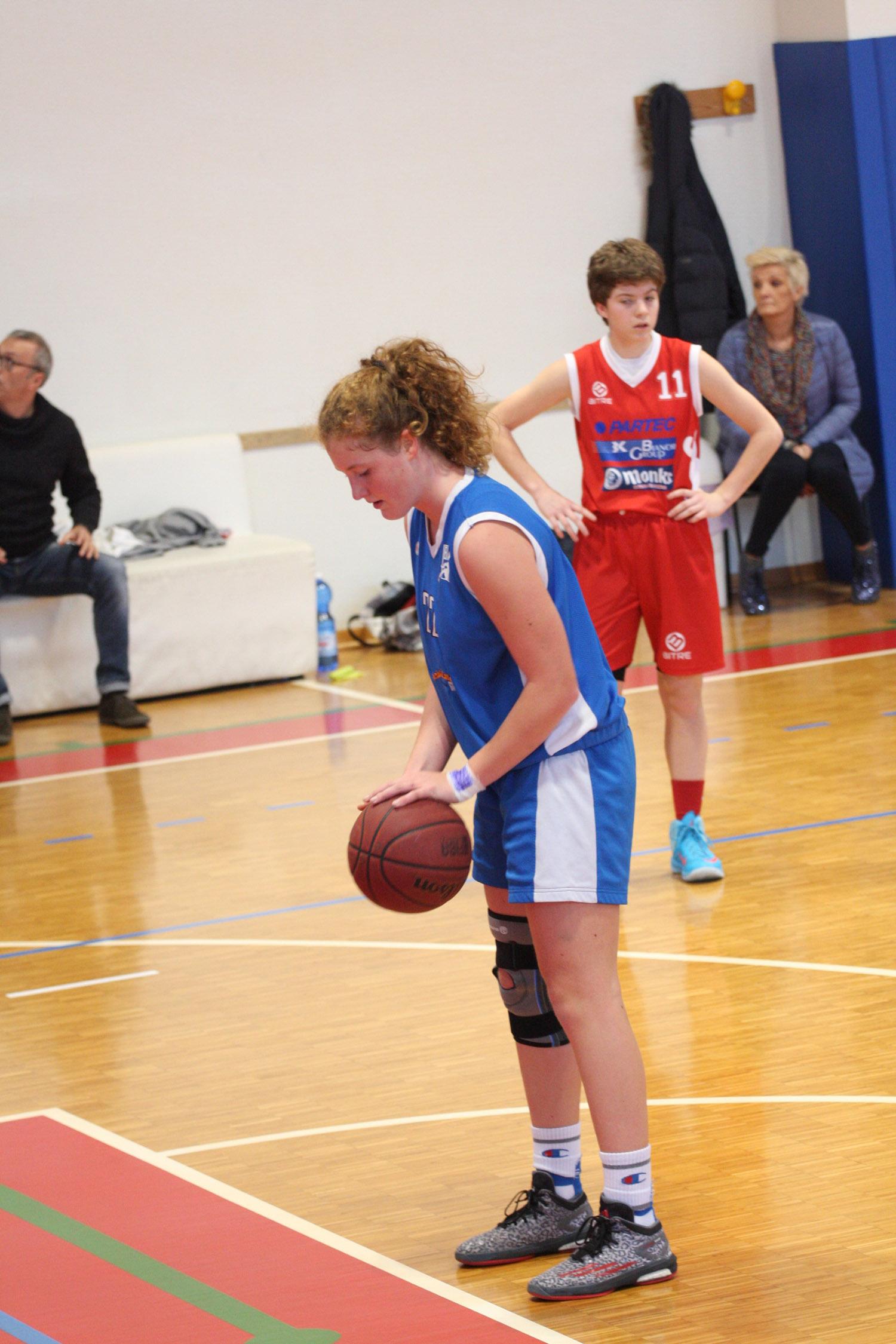 U16E - Costa Masnaga vs Baskettiamo Vittuone 2001 00014.jpg