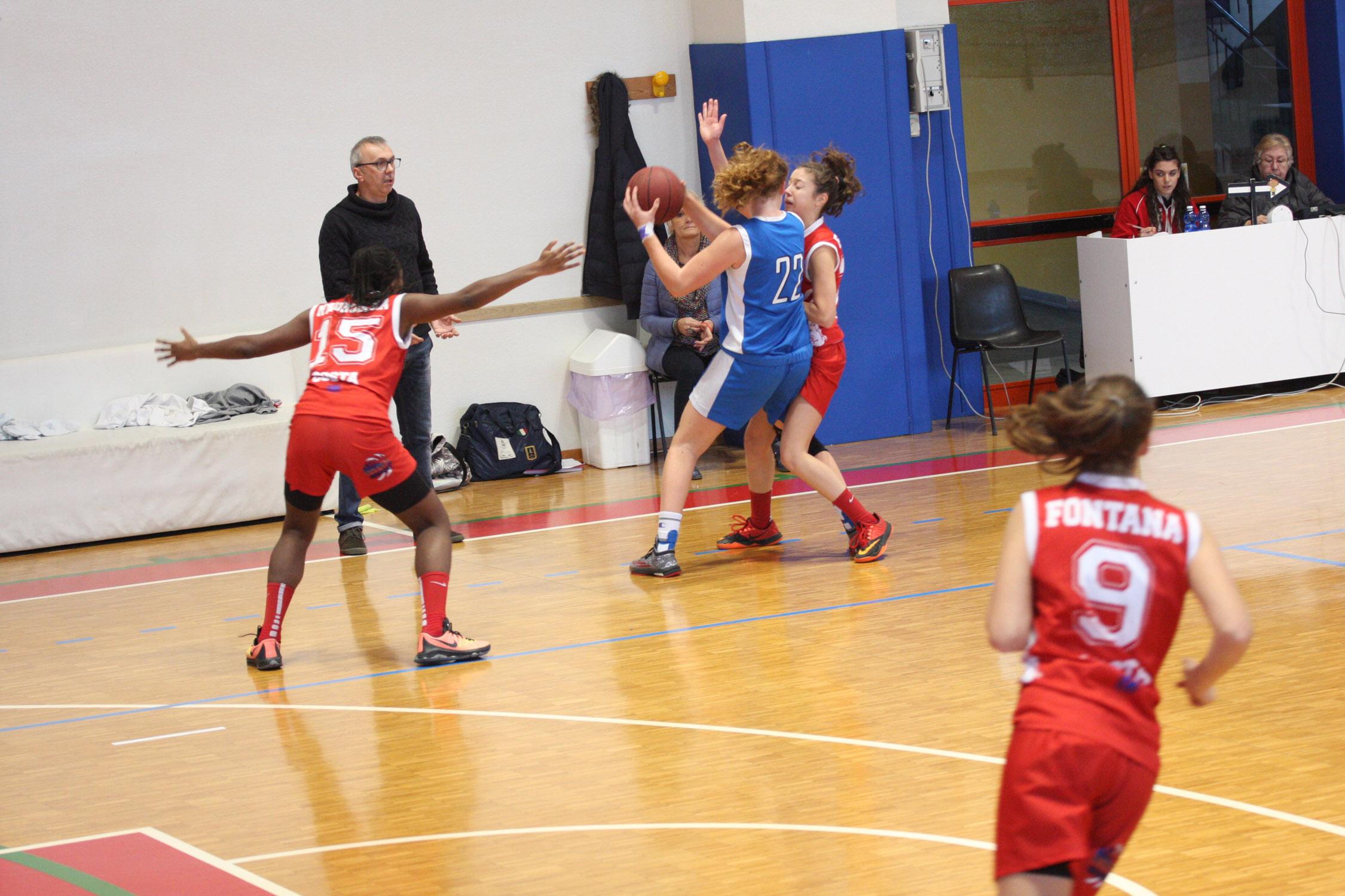 U16E - Costa Masnaga vs Baskettiamo Vittuone 2001 00003.jpg